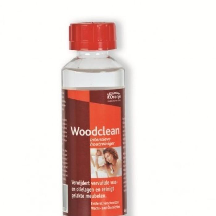 Woodclean - intensywny środek do czyszczenia paneli drewnianych w aucie